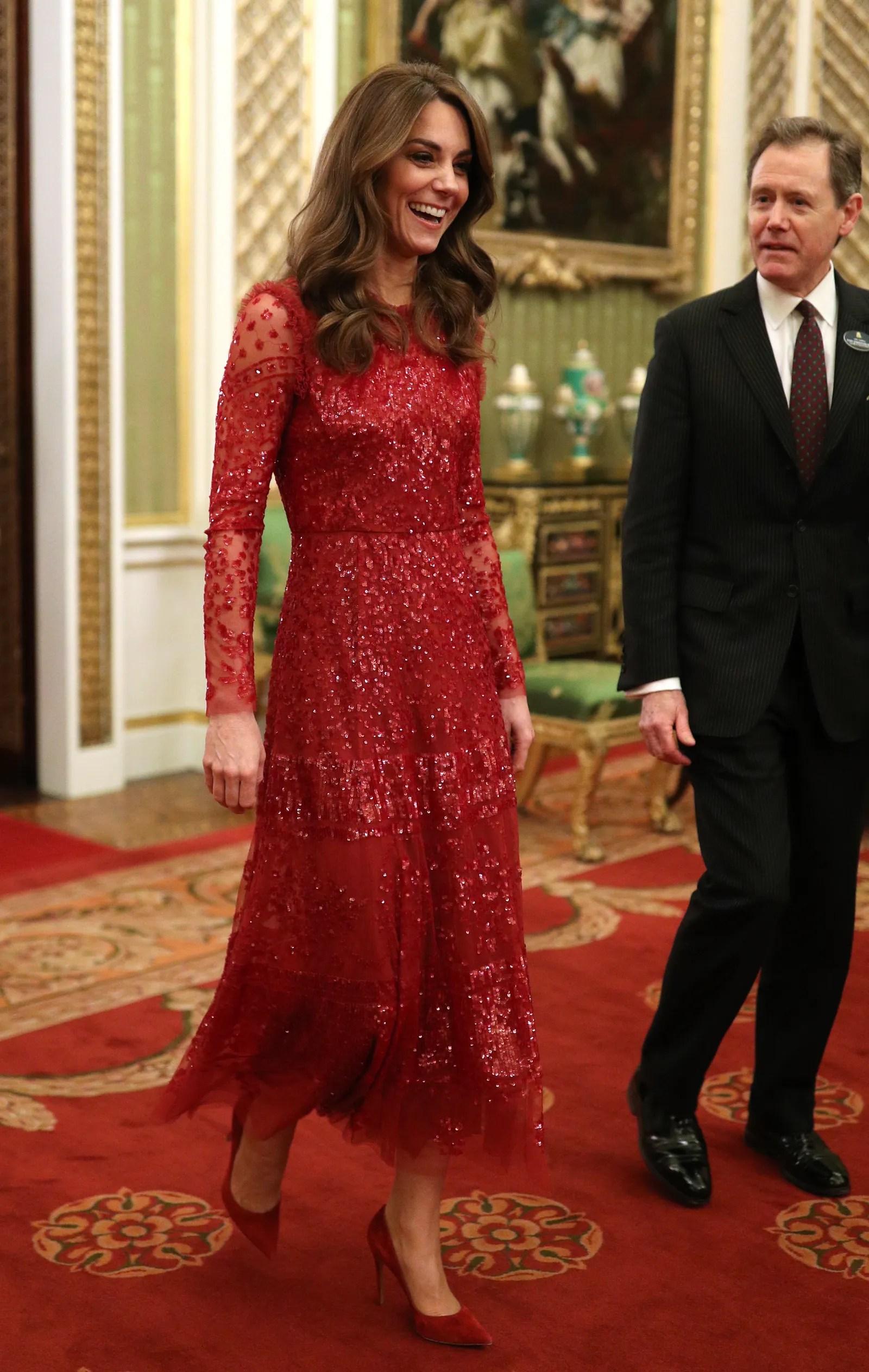 Kate Middleton Duchess Of Cambridge : middleton, duchess, cambridge, Middleton, Dazzles, Beaded, Dress, Reception, Buckingham, Palace, Glamour