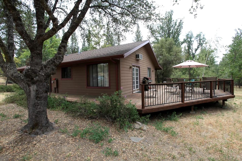 PetFriendly Cabin in Yosemite California