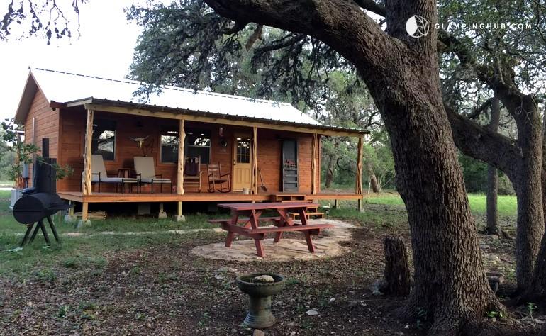 Furnished Cabin Rental near San Antonio Texas