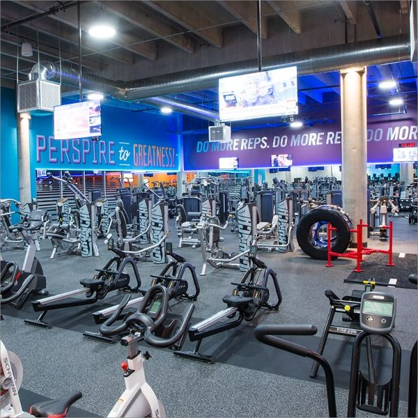 An Inside Look Crunch Fitness Office Photo Glassdoor