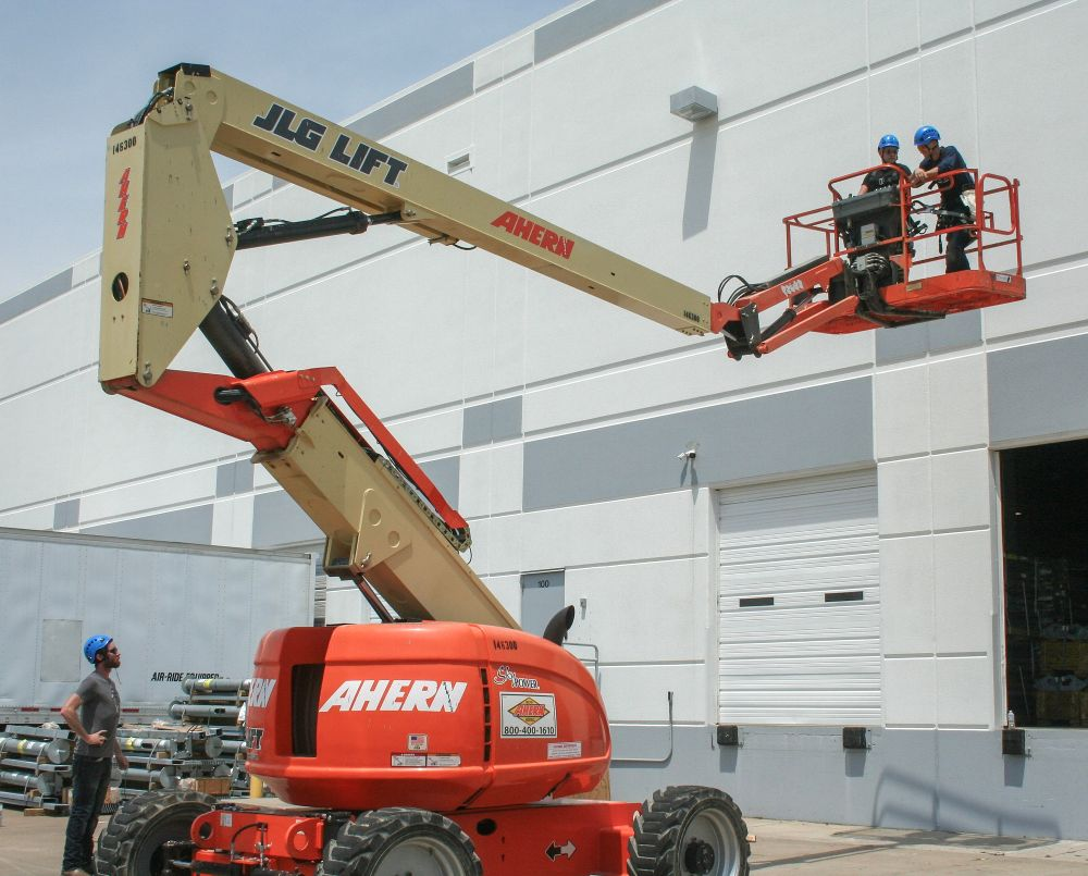 hight resolution of an aerial lift training session velex