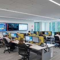 IT Workspace La Z Boy Office Photo Glassdoor