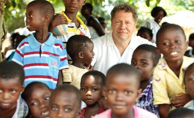 Gavi Al CEO Seth Berkley: 10,000 Unite for Lifesaving Vaccines