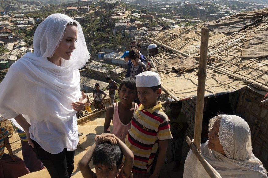 نتيجة بحث الصور عن Angelina Jolie Rohingya camp