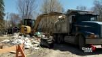 Sainte-Marthe-sur-le-Lac residents want answers on dike reconstruction