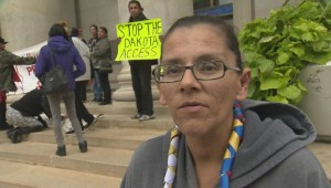 Torontonians protest North Dakota oil pipeline