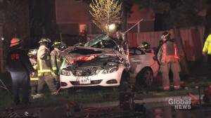 Teen dead, 2 others injured after car slams into pole in Scarborough