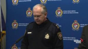 Ottawa police using their full investigative team for bus crash