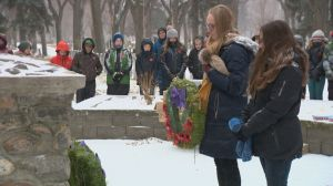 Saskatoon students lay Remembrance Day poppies for No Stone Left Alone