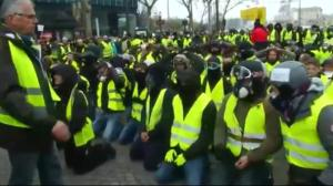 France 'yellow vest' protests spread to Canada