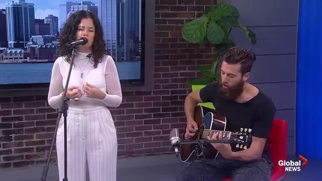Artist iskwē performs on Global News Morning
