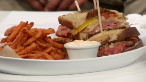 The Morning Show samples  some dishes from The Tir Nan Og Irish pub