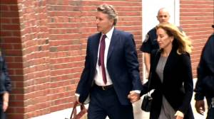 Felicity Huffman enters court ahead of expected guilty plea
