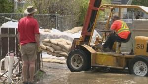 More evacuation alerts in the south Okanagan; Twin Lakes