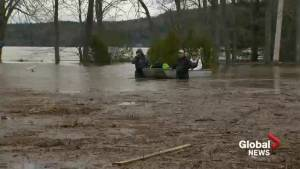 Saint Johners evacuating as flood waters rise