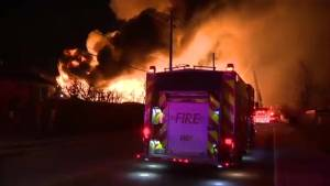 Explosions ring out as 3-alarm fire engulfs vacant building in Mississauga