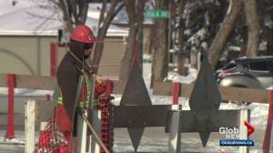 Edmontonians see more bitterly cold weather on Tuesday
