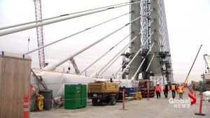 New Champlain Bridge one step closer to opening