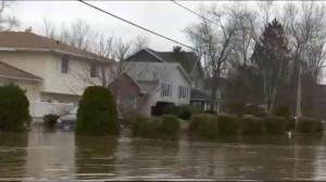 Residents warned to leave as NB river continues to rise