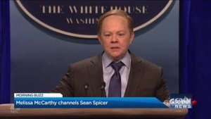 Melissa McCarthy channels Sean Spicer