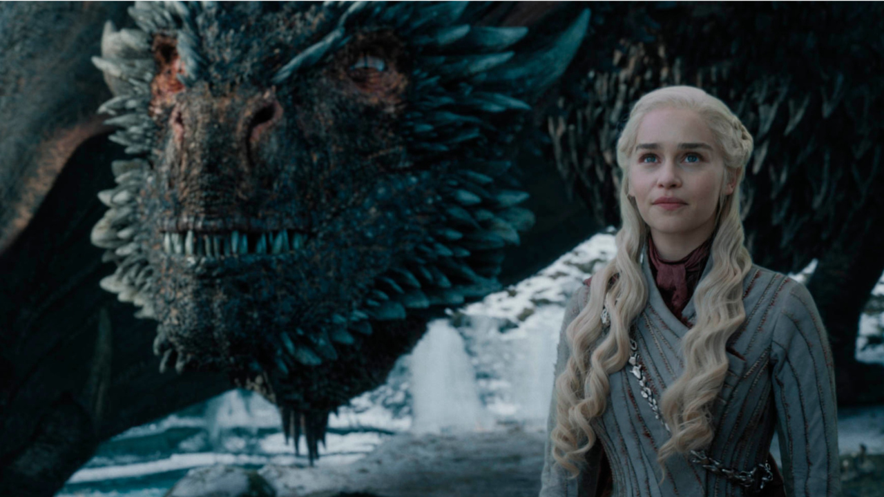 Emilia Clarke Says Heartfelt Goodbye To Game Of Thrones In Insta Post