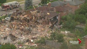 Some Mississauga residents displaced by house explosion allowed back to properties