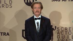 """""""It's hard to be a man these days,"""" says William H. Macy at SAG awards"""