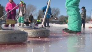 Winnipeg elementary school hosts outdoor curling bonspiel