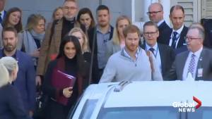 Harry and Meghan arrive in Sydney amid royal baby excitement
