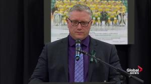 Humboldt Broncos vigil: Broncos President Kevin Garinger gives emotional address
