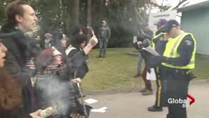 Kinder Morgan pipeline protest arrests get ugly