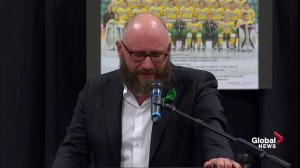 Humboldt Broncos vigil: Team pastor delivers tearful and powerful address