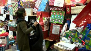 Making the holidays brighter for some Montreal families