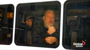 U.S. charges WikiLeaks founder Julian Assange with espionage (01:47)