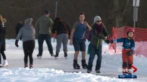 Edmontonians welcome warm winter weather