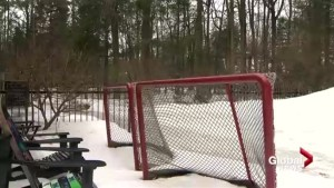 Warm weather shuts down Saint-Lazare dad's backyard ice rink