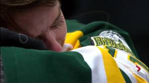 Humboldt Broncos vigil: Tears, hugs with conclusion of service