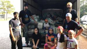 Texas deputy organizes Sikh community to deliver aid to Hurricane Harvey victims