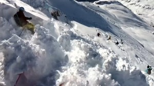 Video captures moment skiers caught in avalanche in Austria