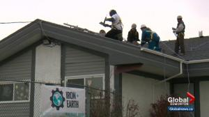 Alberta oil and gas workers get solar energy training
