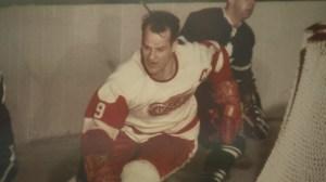 Torontonians remember a hockey legend
