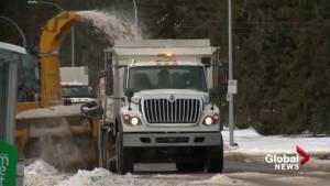 Calgary crews move into residential neighbourhoods to clear snow