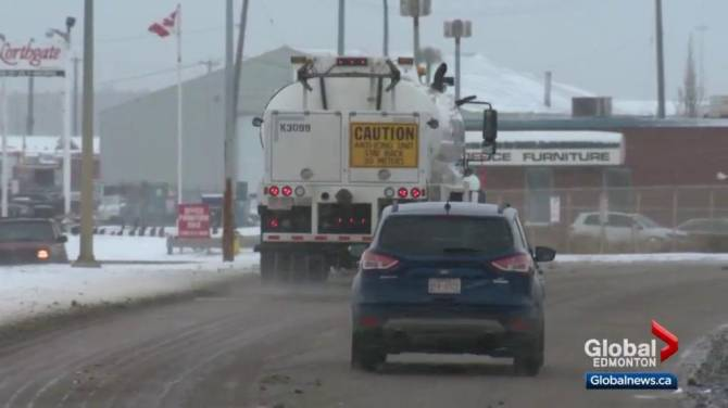 Councillor not pleased calcium chloride will be used on Edmonton roads again