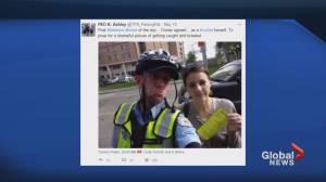 Toronto parking enforcement officer takes to social media to raise awareness on blocked bike lanes (00:47)