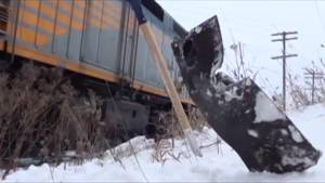 CN suspends practice of laying materials between railway tracks