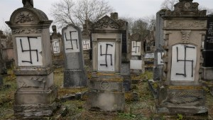 Anti-Semitic attack on the graves of Holocaust survivors condemned