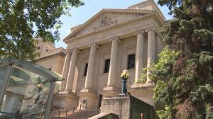 Domestic violence victims struggle to navigate justice system: Winnipeg family lawyer
