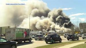 Large industrial fire in Red Deer (01:24)