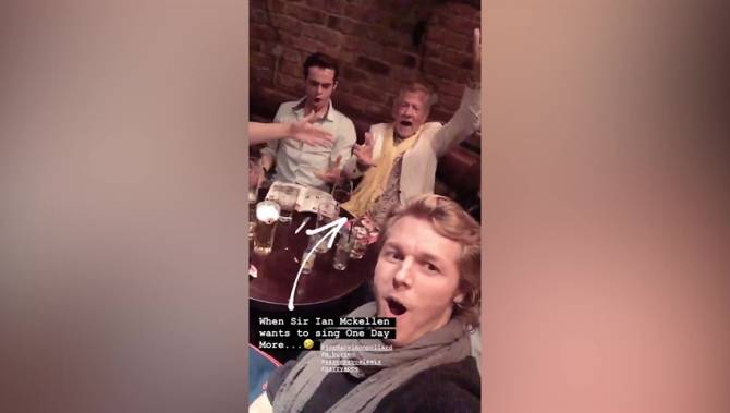 Ian McKellen sings with cast of 'Les Misérables' in English pub