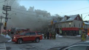 Downtown Toronto community rallies after fatal fire